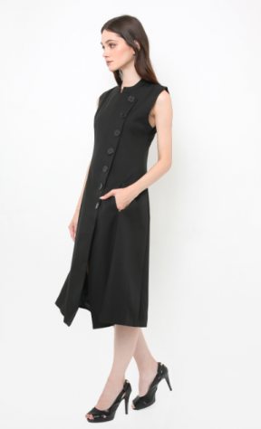 Opulence modern qipao in black
