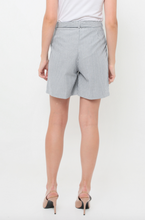 Maggie Shorts in grey stripes