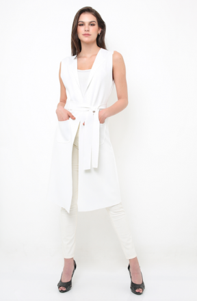 Farah vest in white