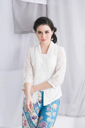 CA.1078 ZABRINA LACE TOP