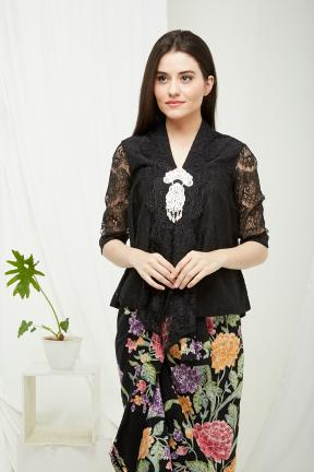 CA.1202 BLACK KARTIKA LACE TOP
