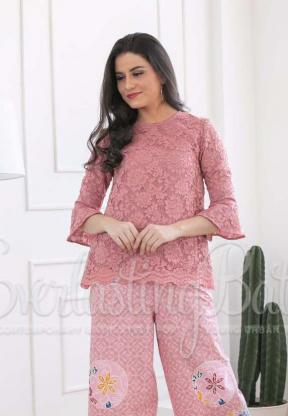 CA.1028 BELLA LACE TOP