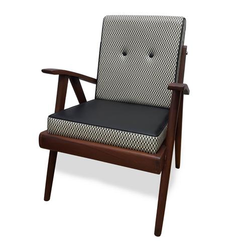 Seruni Living Vintage Teak Wood Arm Chair Kursi Kayu Jati Kuno